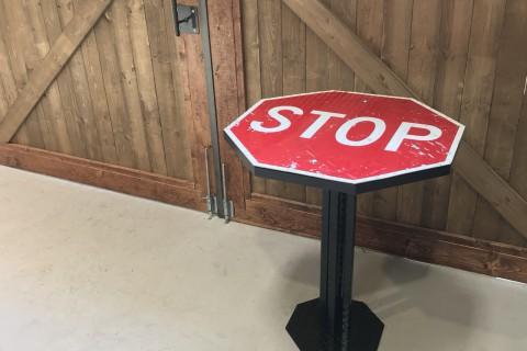 STOP SIGN COFFEE TABLE(デザイナーズコンセプトテーブル)