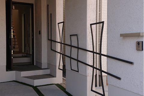 壁面手摺り兼用オブジェ(ファーバルホーム徳川モデルハウス)